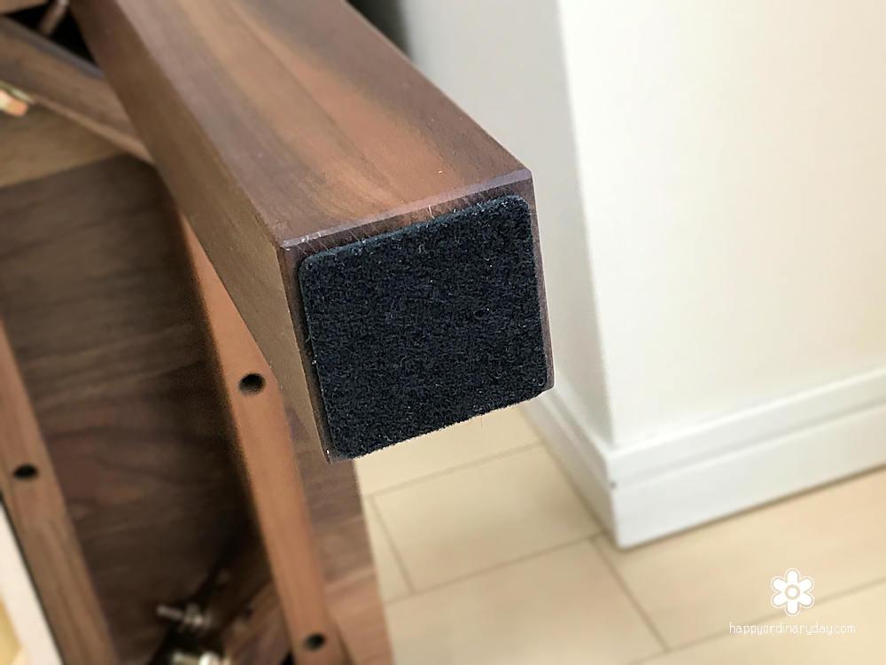 無印良品の無垢材ローテーブル