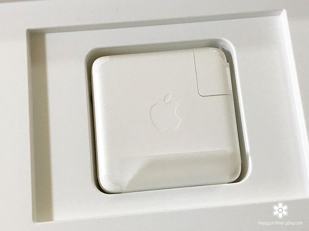 MacBook Pro 61W USB-C電源アダプタ